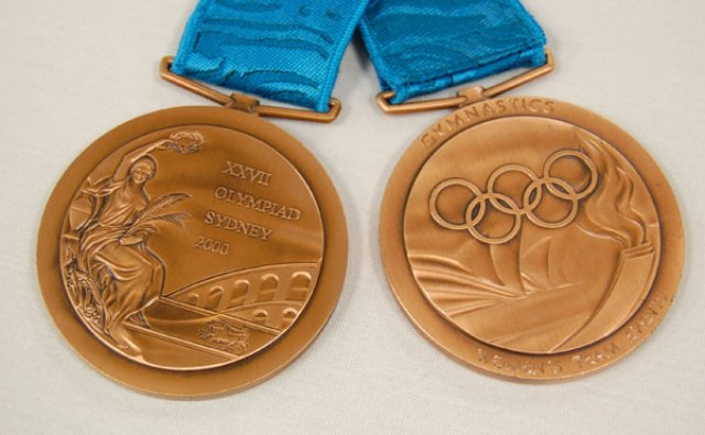 2000 US Olympic Team Receive Bronze Medals