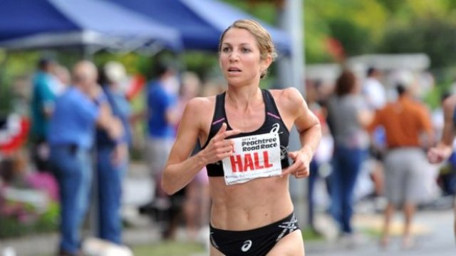 Sara Hall on the Excitement of Being a New Mom and Marathon Redemption